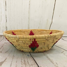 Load image into Gallery viewer, Handwoven Basket - Natural / Pink Diamond
