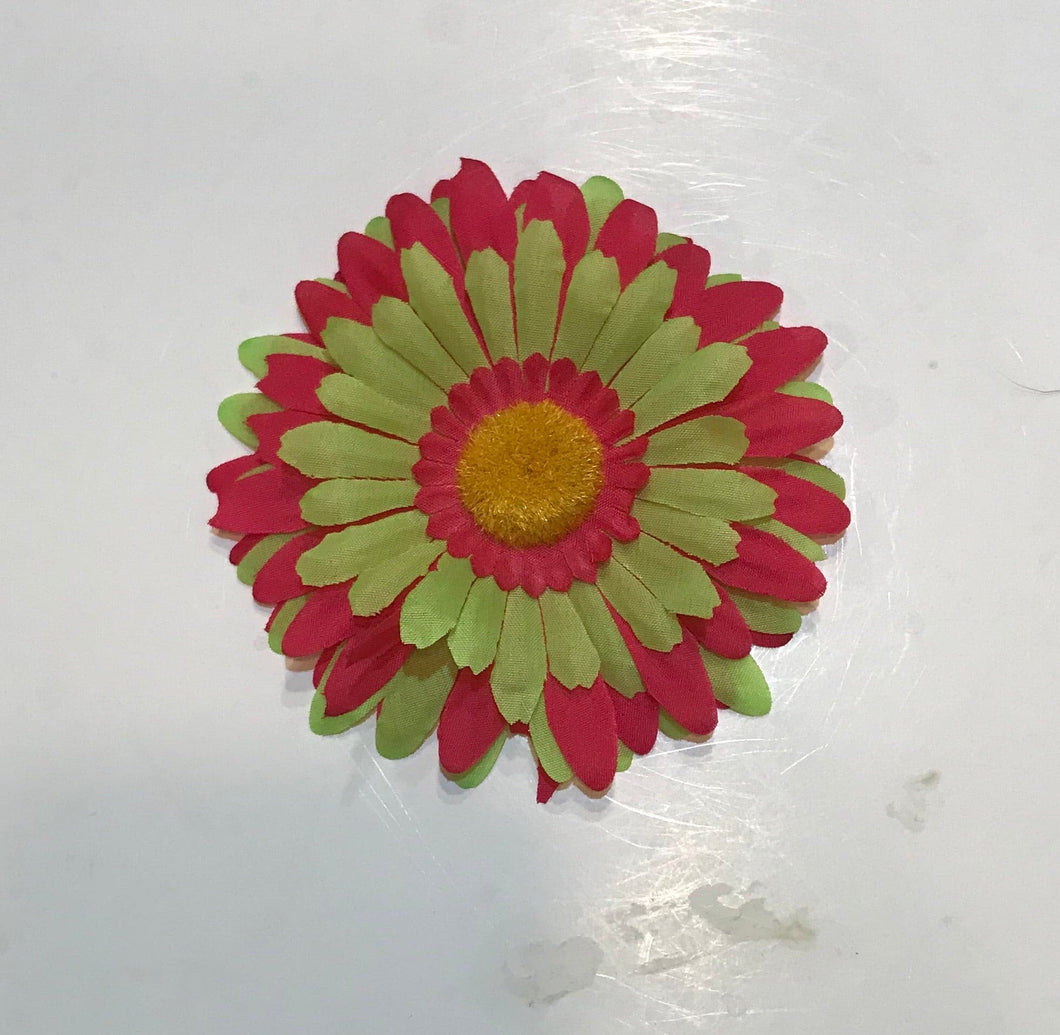 Two Tone Daisy Flower Clip