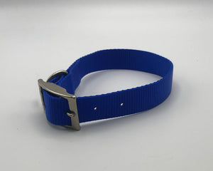 Blue nylon collar with metal buckle*.