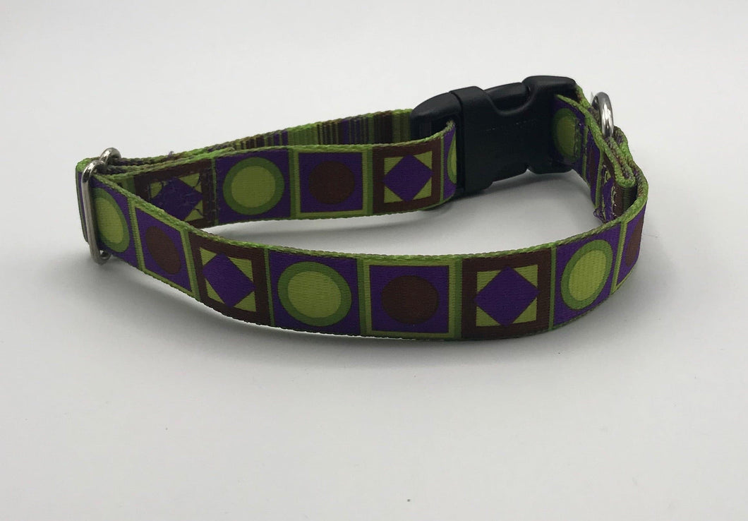 green and purple geo print M
