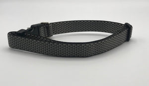 grey quilted collar XL.