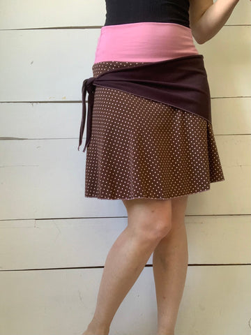 SKIRT WITH PATTERNED SUEDE BAND (S-M)