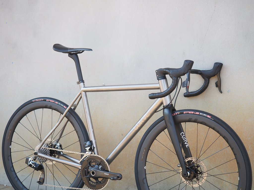 Curve Belgie Disc V3 - The Road Bike that just wants more