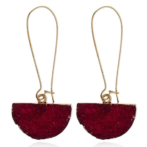 Resin drop earrings are latest in trends. They are colorful , vibrant , geometric shaped resin earrings with touch of gold. Perfect for dinner , party , formal occassions , engagements , anniversary , birthdays and date nights.