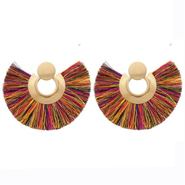 Semi-Circle fringe Tasssel drop earrings are modern design in tassel earrings. The are vintage and boho. Avaialble in vibrant colors to make your look trendy for 2019. Perfect for party , engagement , dinner , lunch , birthday or date night.
