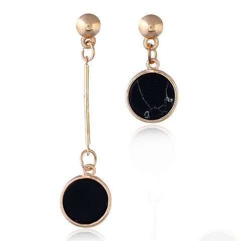 vogue up your look with these style statement earrings. They are trendy and punk. The matte gold metal and resin stone gives it a contemporary look no one can ignore. Perfect for party . engagement , dinner , wedding , birthday or date night.