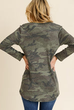 Load image into Gallery viewer, RIBBED CAMO TOP WITH A V NECKLINE