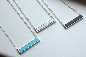 Howlite Silver Bar Necklace-white