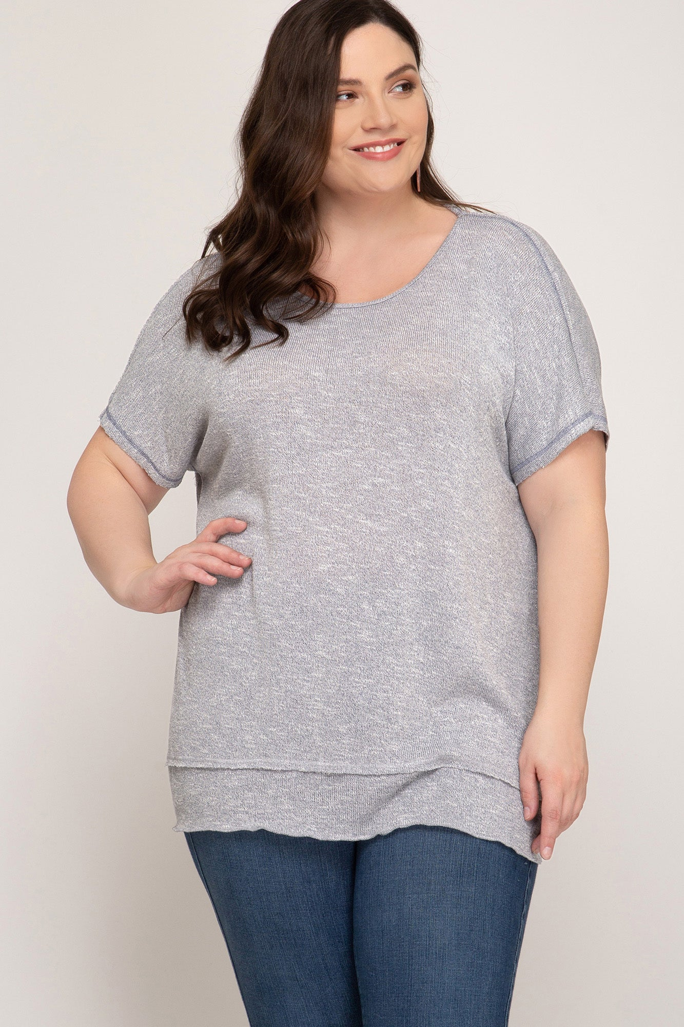 SHORT SLEEVE TOP WITH TWISTED OPEN BACK