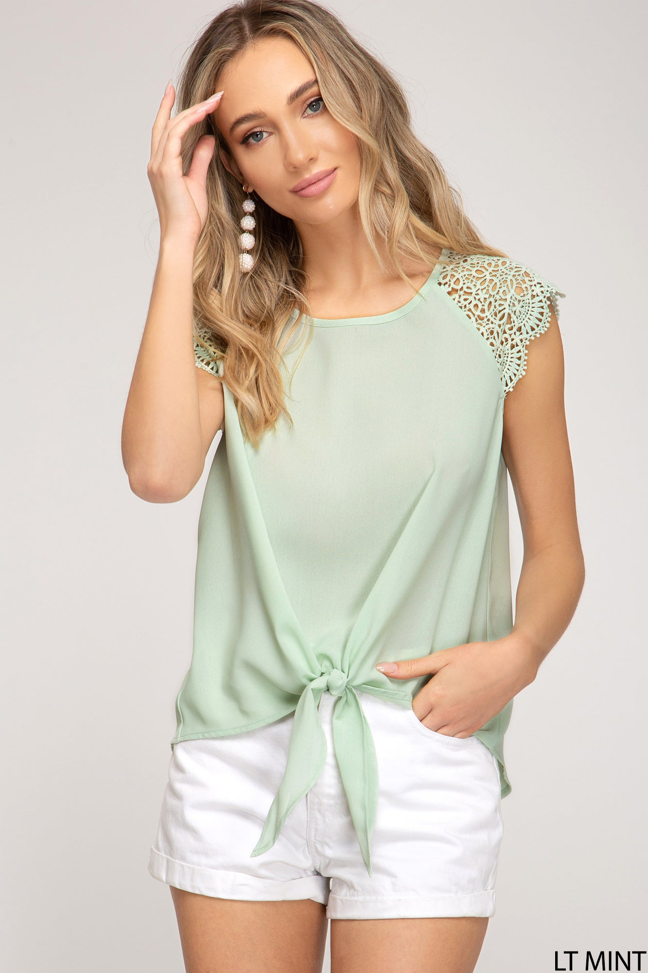 SCALLOPED LACE SLEEVE WOVEN TOP WITH FRONT TIE DETAILS