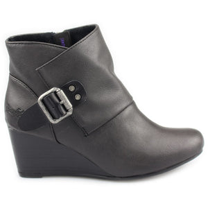 Baldwin Wedge by Blowfish