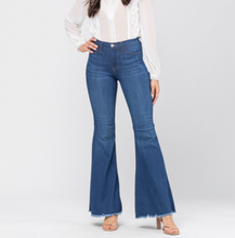 Load image into Gallery viewer, High Waist Super Flared Jeans