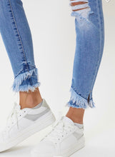 Load image into Gallery viewer, Mid rise Hem Detail Ankle Skinny Jean
