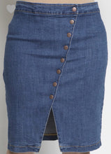 Load image into Gallery viewer, Snap Button Denim Knee Skirt