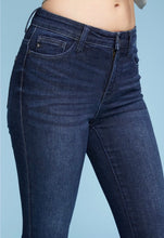 Load image into Gallery viewer, Judy Blue High Waisted Skinny Jean