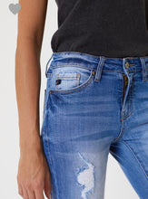 Load image into Gallery viewer, Kancan Distressed Jean with Cuff