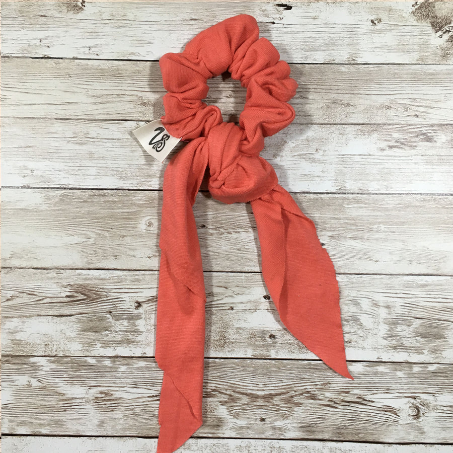 Zero-Waste Scrunchie with Tie in Coral