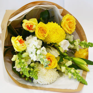 Golden Snow - Tomuri & Co. Floral Designs