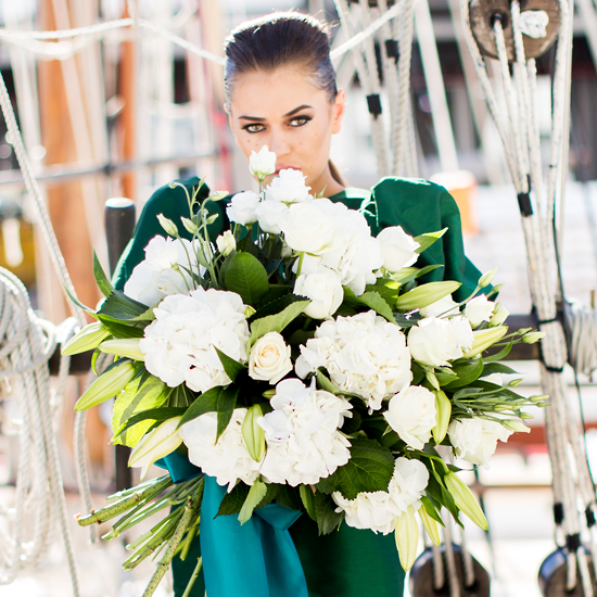 White Avalanche - Tomuri & Co. Floral Designs