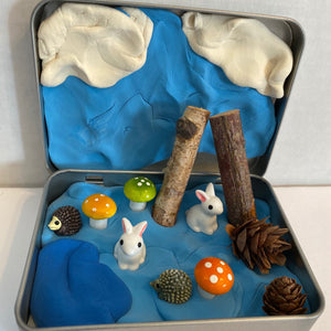 Travel Tin - Woodland Bunnies