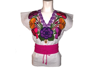 27529f67 White embroidered Mexican Blouse – marylovboutique