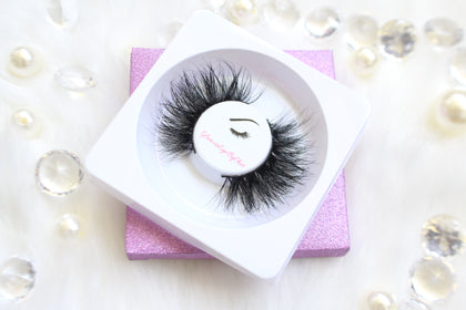 LUXURIOUS MINK LASHES