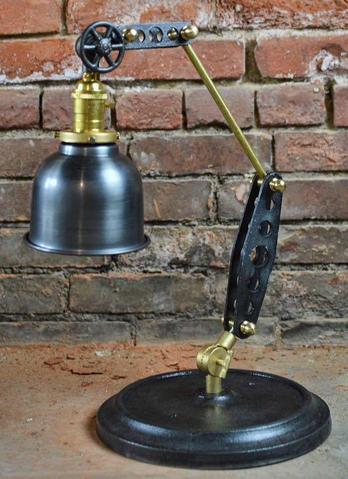 Rustic Industrial Adjustable Table lamp