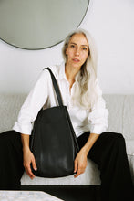 Load image into Gallery viewer, Archy Tote - Black Pebble