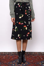 Load image into Gallery viewer, Jayger Carnation Skirt - Navy