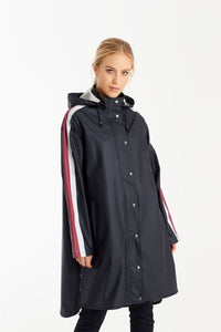 Light True Raincoat