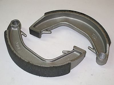 Norton Commando brake shoes 06-0828 rear 1970 71 72 73 74 Roadster Interstate