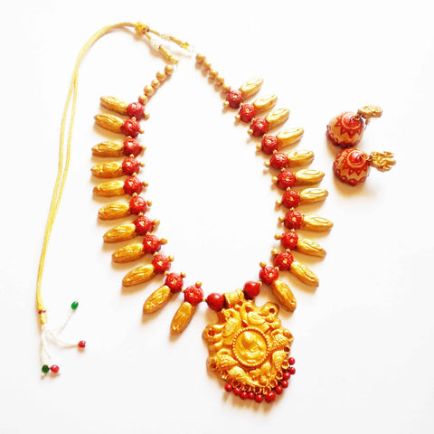 Buy Online Terracotta Jewellery Set with Lord Ganesha Pendant - Samreedhi Handicrafts