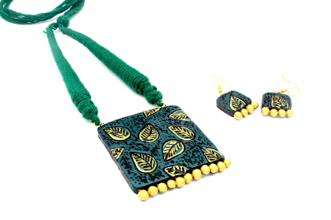 Buy Online Terracotta Jewellery Set with square leaf pendant - Samreedhi Handicrafts