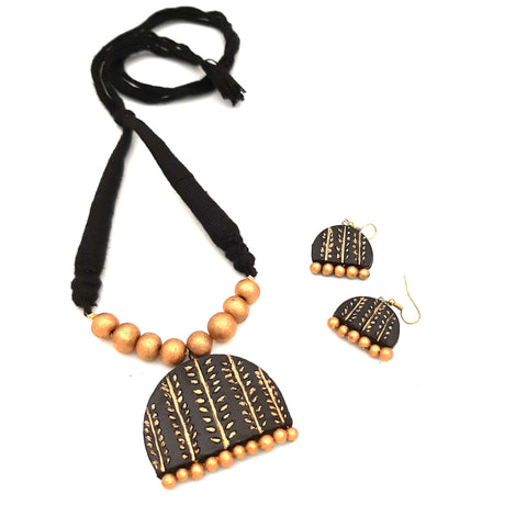 Buy online Daily wear terracotta black necklace set - Samreedhi Handicrafts