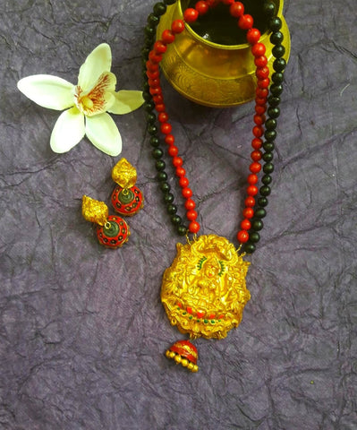 Terracotta Jewelry Set red and black double layer beads with Lakshmi Pendant