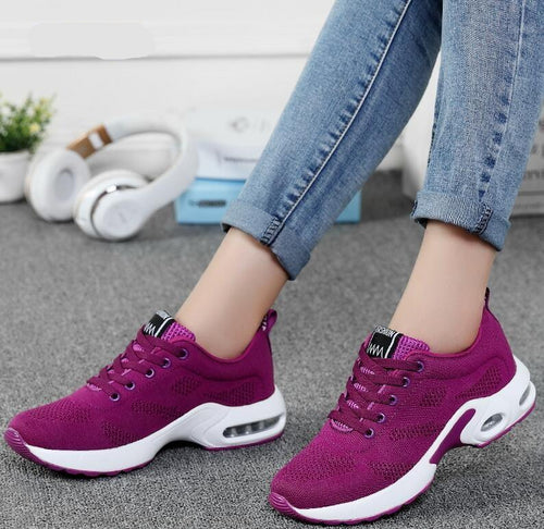 Sneakers breathable air for health