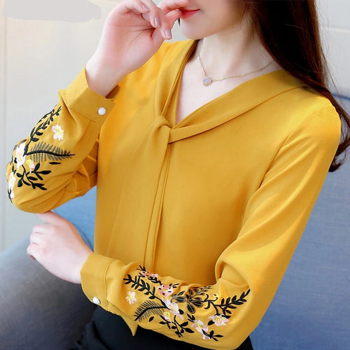Women's blusas long sleeve embroidery