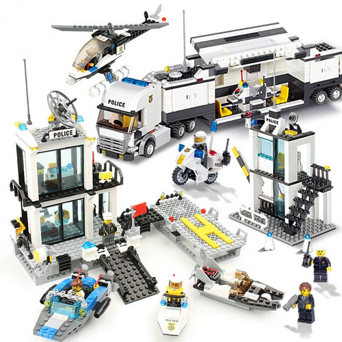 Building blocks police station prison toy