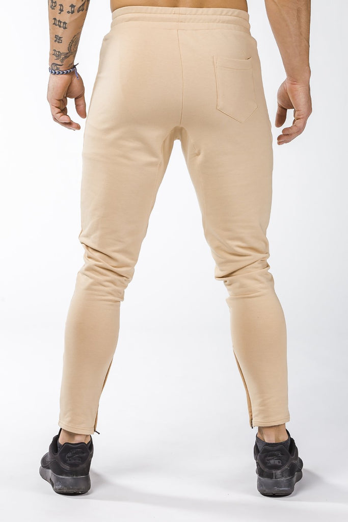 tan iron bull strength joggers nice butt
