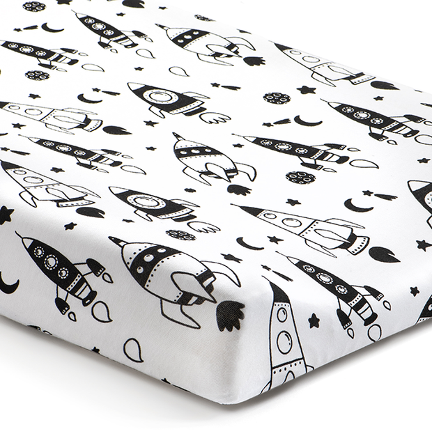 'Out of This World' Rockets Changing Pad Cover 1
