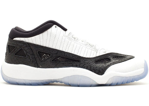 Air Jordan Retro 11 - Low IE White/Black