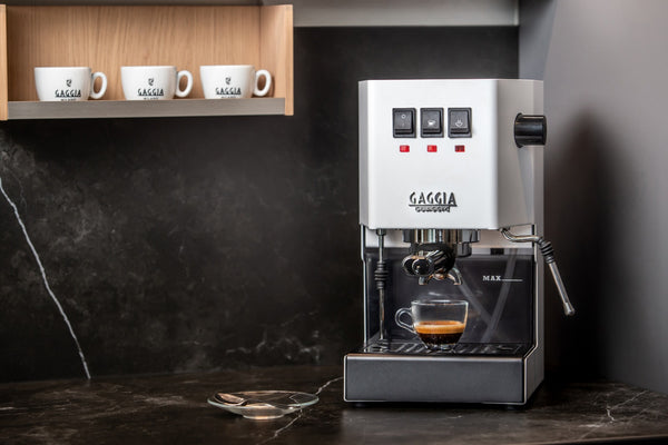 Gaggia New Classic Coffee Machine Bundle (Gaggia x UCR) - Limited Offer