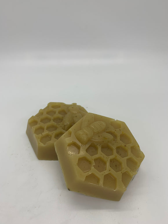 BEE & HONEYCOMB SOAP