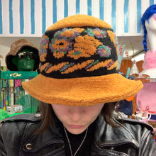 Load image into Gallery viewer, 90's Vintage Chenille Bucket Hat