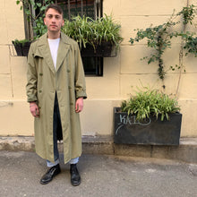 Load image into Gallery viewer, 1970's Vintage Trench Coat