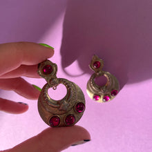 Load image into Gallery viewer, Vintage Earrings