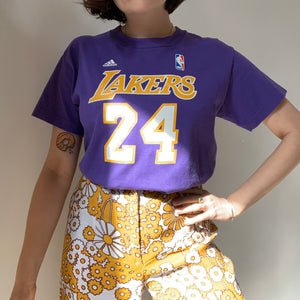 "Vintage Lakers ""Bryant"" Purple T-Shirt"