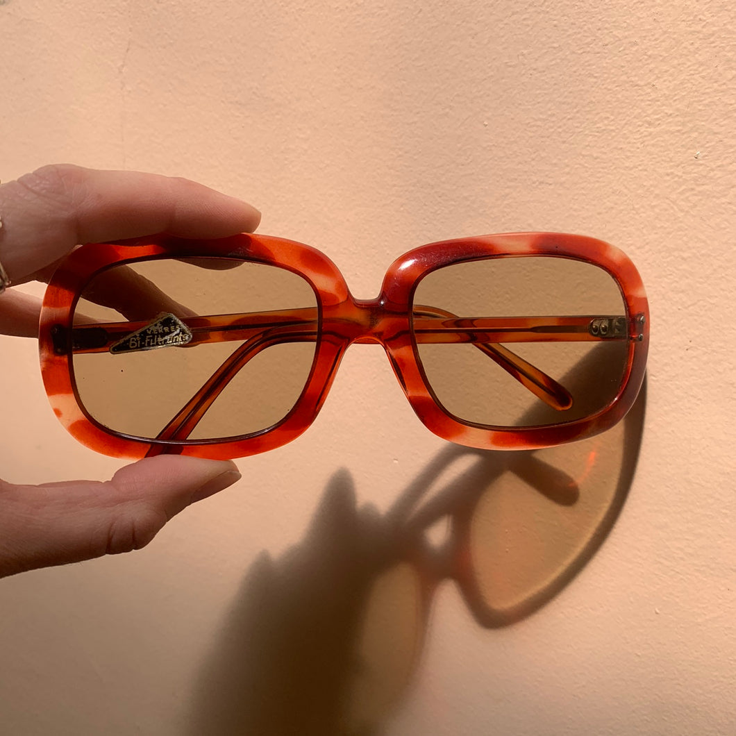 70s Oversized Red/Amber Sunglasses