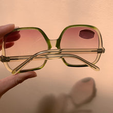 Load image into Gallery viewer, 70s Oversized Green/Clear Sunglasses