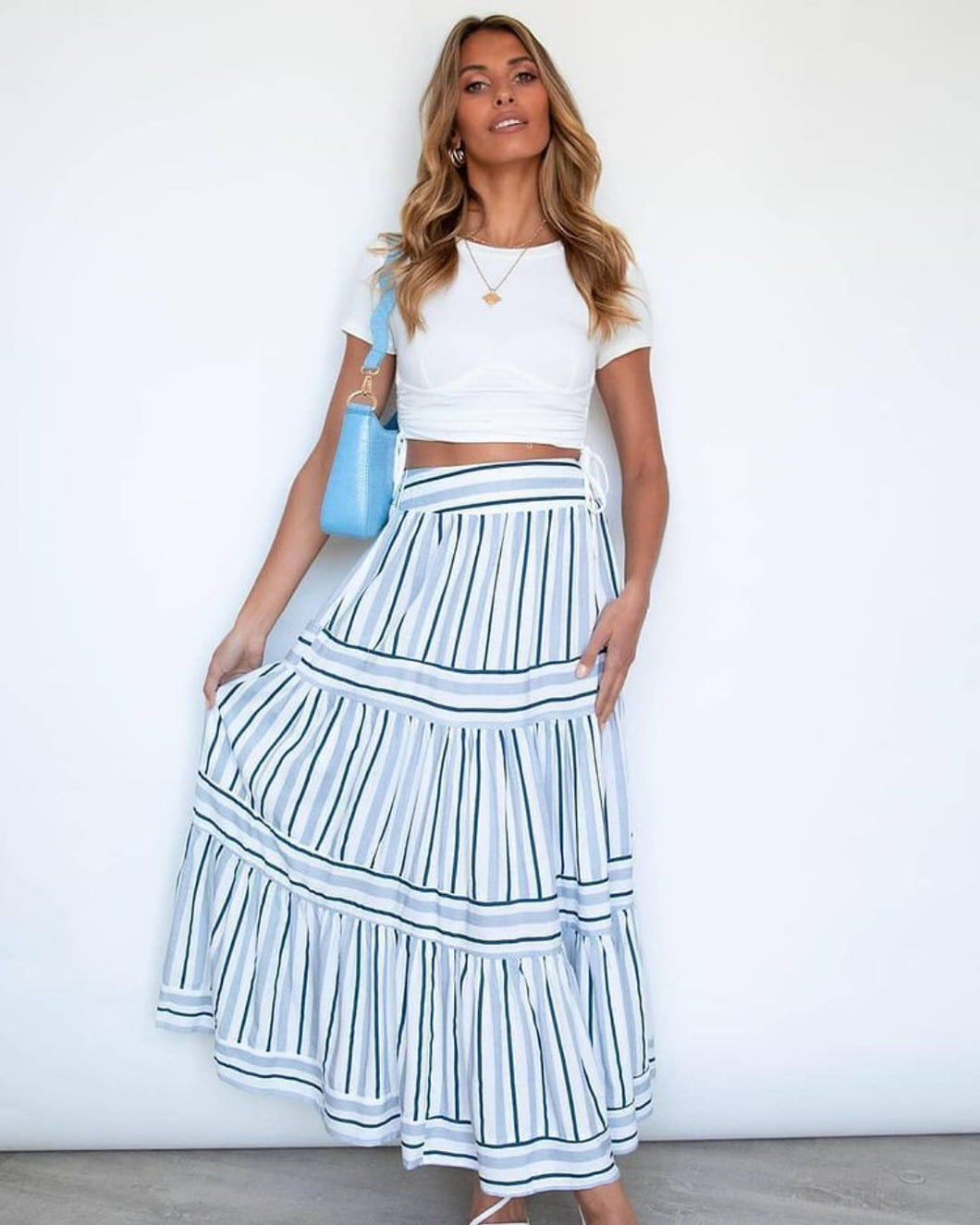 White Closet Skirt NAVY